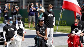 """Hamilton: """"No obligué a ningún piloto a arrodillarse"""""""