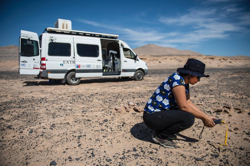 """If life existed on Mars it """"would probably be very similar"""" to life found in Chile's Atacama desert, says biologist Cristiana Dorador (AFP Photo/Martin BERNETTI)"""