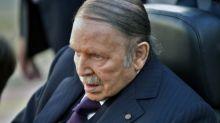 Algérie: Bouteflika confirme qu'il restera président après l'expiration de son mandat