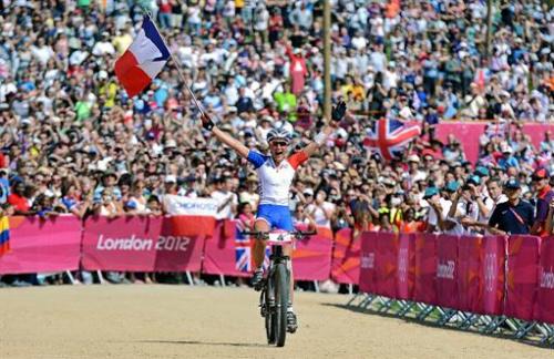 Montaña - Julie Bresset, oro olímpico en bicicleta de montaña