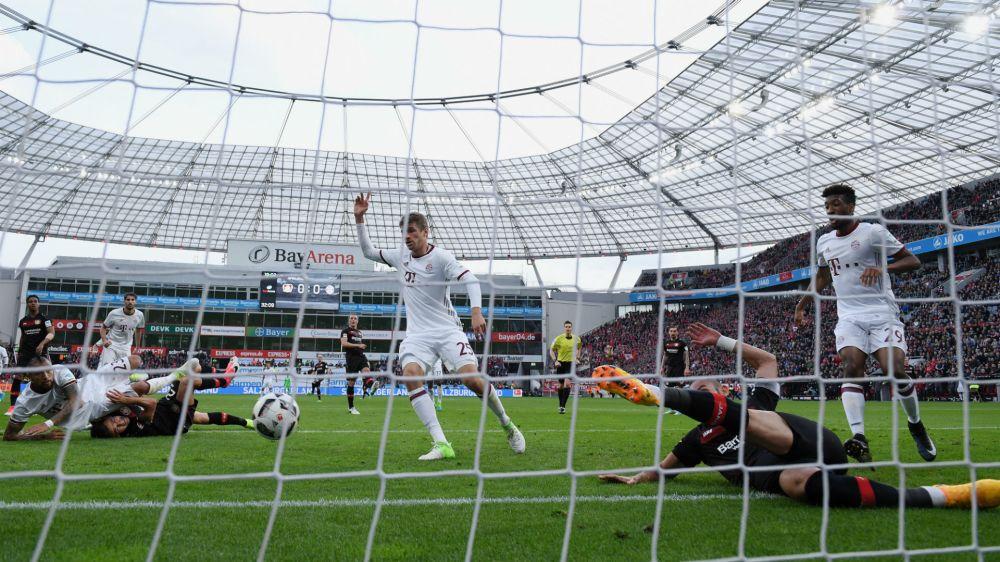 Bayer Leverkusen 0 Bayern Munich 0: Leaders' advantage cut by 10 men