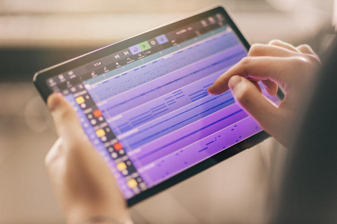 An image of Cubasis 3 being used on a tablet.