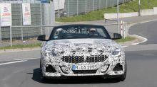 BMW Z4 2018: fotos espía de la instrumentacion digital