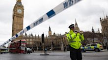 London Parliament attack: Pictures show confusion after Westminster terror shootings