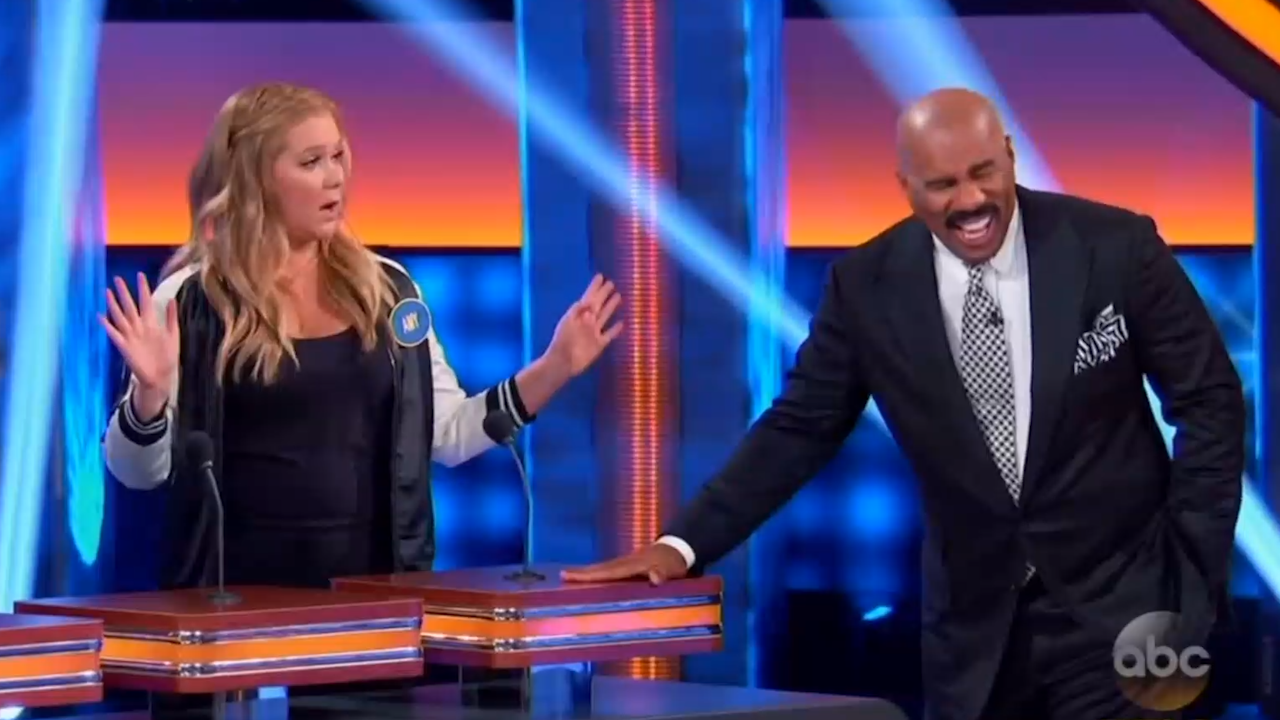 Is family feud filmed in georgia - Amy Schumer Leaves Steve Harvey In Stitches On Celebrity Family Feud Video