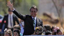 Bolsonaro veta projeto de perdão de R$ 1 bilhão de igrejas