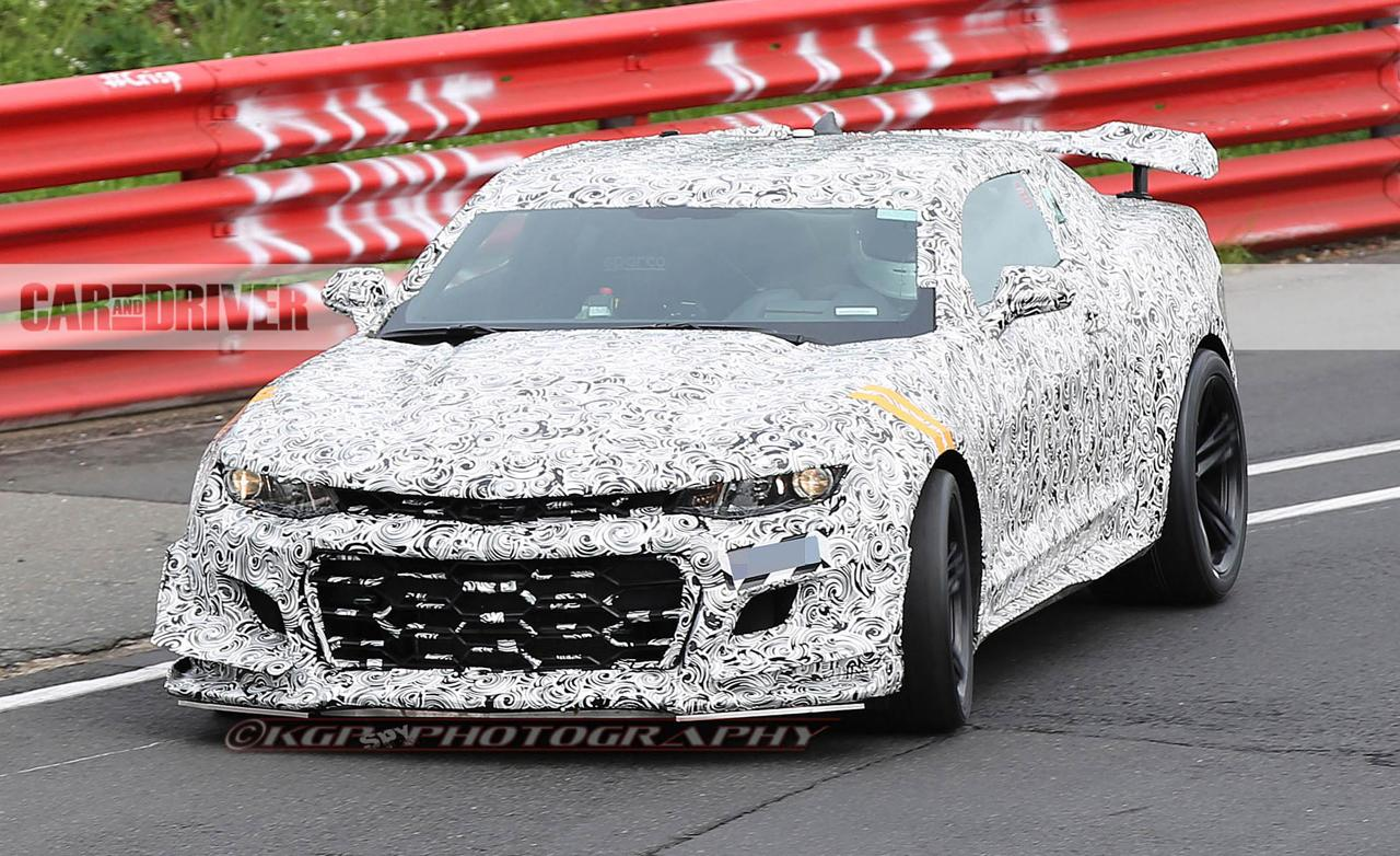 2018 chevrolet camaro z 28 spied assaulting the nurburgring. Black Bedroom Furniture Sets. Home Design Ideas