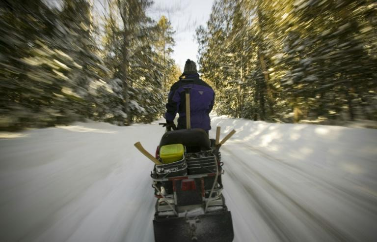 Snowmobiles are popular in Canada but can be dangerous -- a guide died and five French tourists were missing after the group plunged through ice