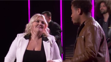 A not-so-proud 'Proud Mary': Contestant slips up during 'Idol' all-star duet