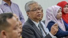 Exodus of Umno MPs doesn't affect grassroots' loyalty, says veep