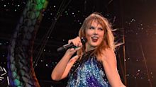 Taylor Swift Completely Wiped Out and Fell Over at Her Concert Last Night, Handled It Like a Boss