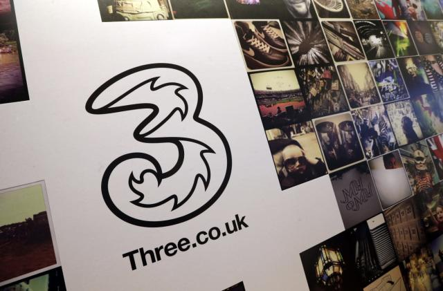 UK carrier Three to block ads at the network level