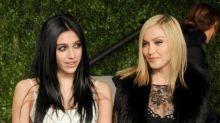 Madonnas Tochter Lourdes Leon macht ihr Laufsteg-Debüt im Muschel-BH