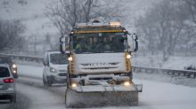 Weather: UK hit by snow - and it's going to get colder
