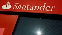 Santander closes almost half of its Spanish branches due to coronavirus - source