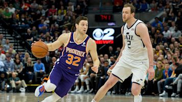 Jimmer's return, Booker's 59 can't save Suns
