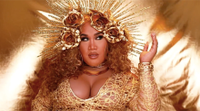 Beauty vlogger Patrick Starr transforms himself into Beyoncé