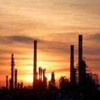 Facing huge demand loss, global oil refineries cut output