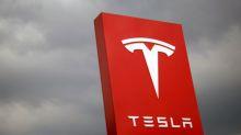 Tesla makes 7,400 Model 3s so far in October - Electrek