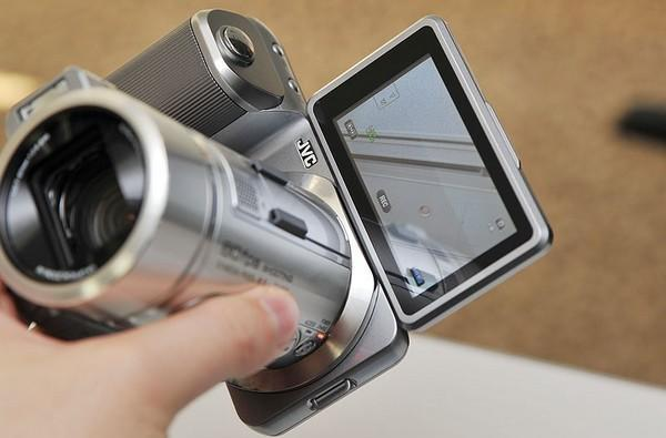 JVC GC-PX1 can't decide if it's cam or camcorder, does 1080p60 video and 10.6 megapixel stills