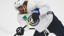 Jets' Blake Wheeler steps away from domestic chaos to play in Stanley Cup qualifiers