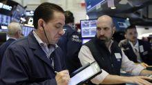 Wall Street supera mal comienzo y cierra ligeramente al alza