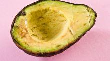 O truque ultrassimples para evitar que o abacate estrague