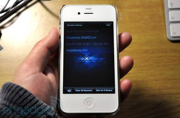 CineXPlayer adds iPhone and iPod touch to its Xvid party list, still won't cook your popcorn