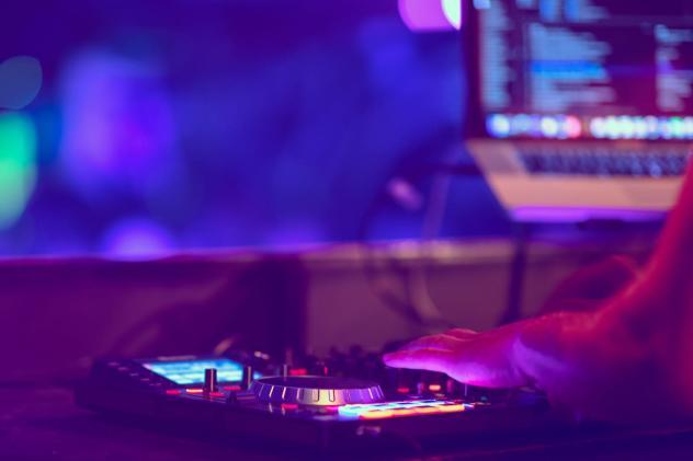 Serato's DJ software is ready for macOS Catalina