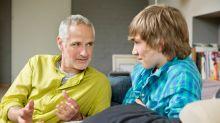 Papá: ten estas charlas con tus hijos varones