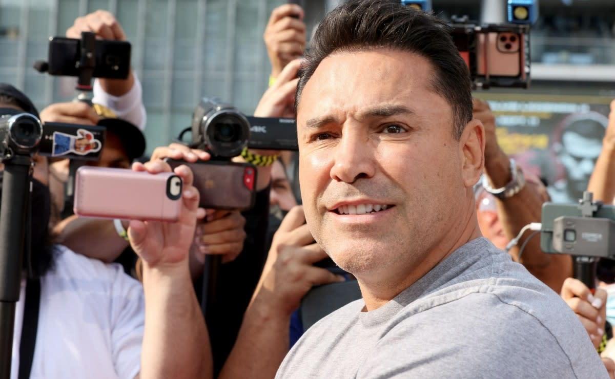 Óscar de la Hoya respondió si su mejor versión hubiera podido con Canelo Álvarez
