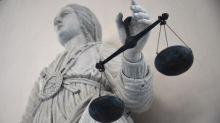 """Jeune fille tondue: l'avocate de la victime trouve """"dommageable"""" l'expulsion soudaine de la famille"""