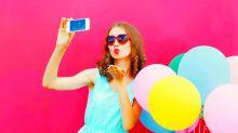 """12 lustige Foto-Ideen zum """"National Selfie Day"""""""