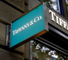 Tiffany's misses on same-store sales, forecast disappoints