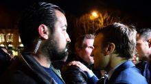 """INFO M6 - Retour des Bleus : le """"comportement inacceptable"""" d'Alexandre Benalla à l'aéroport de Roissy"""