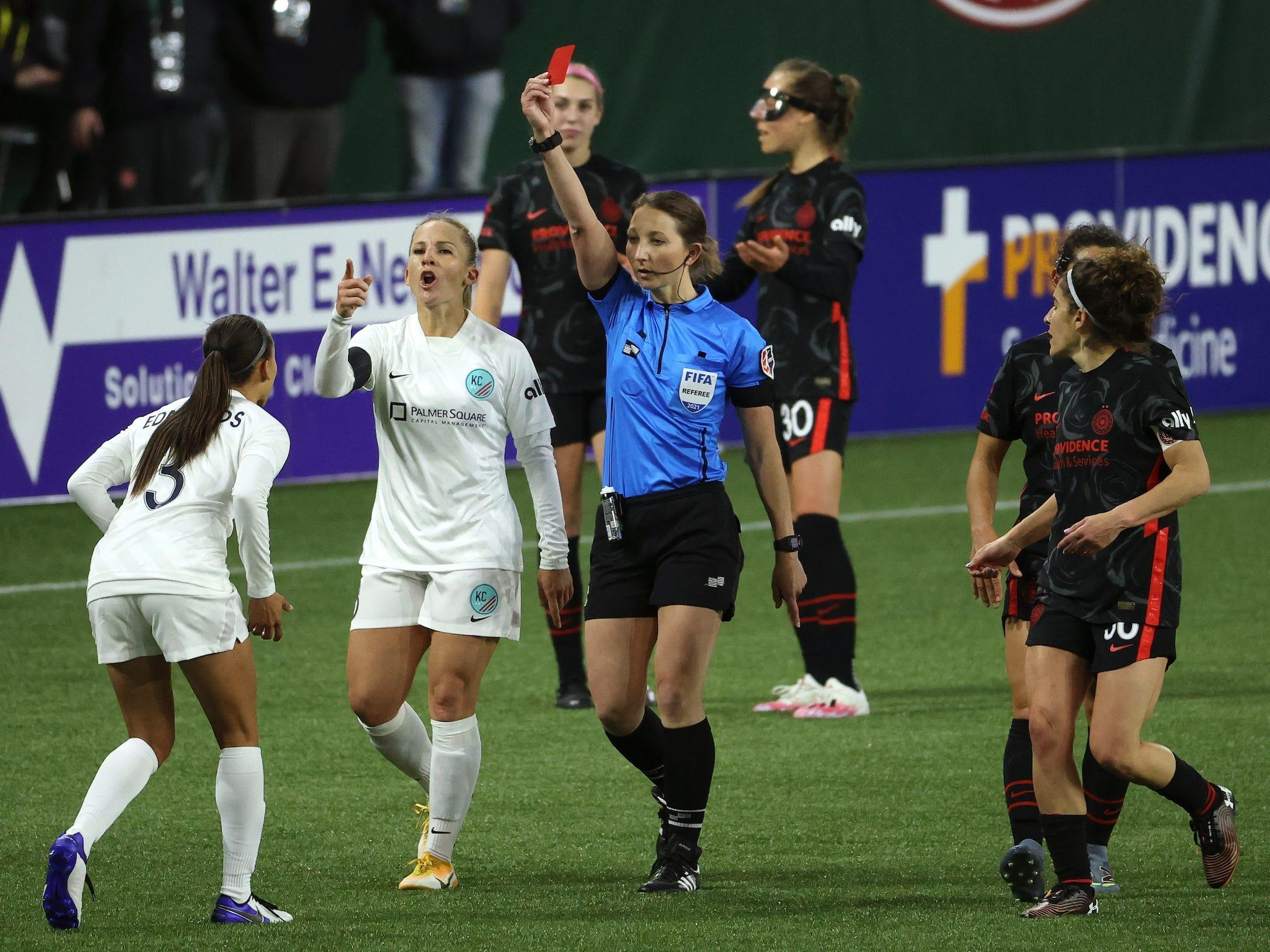 Refs pulled 4 red cards in 4 minutes as a wrestling match unfolded in stoppage time of an opening-night NWSL game