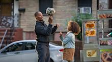 The Moppet Takes Manhattan in Exclusive New 'Annie' Trailer