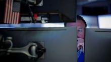 Wall Street recua com alta em rendimentos de Treasuries