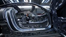 Lear Joins Daimler Seeing Gloomy Outlook for Global Car Industry