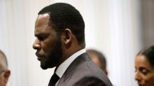 R. Kelly faces new bribery charge in Brooklyn criminal case