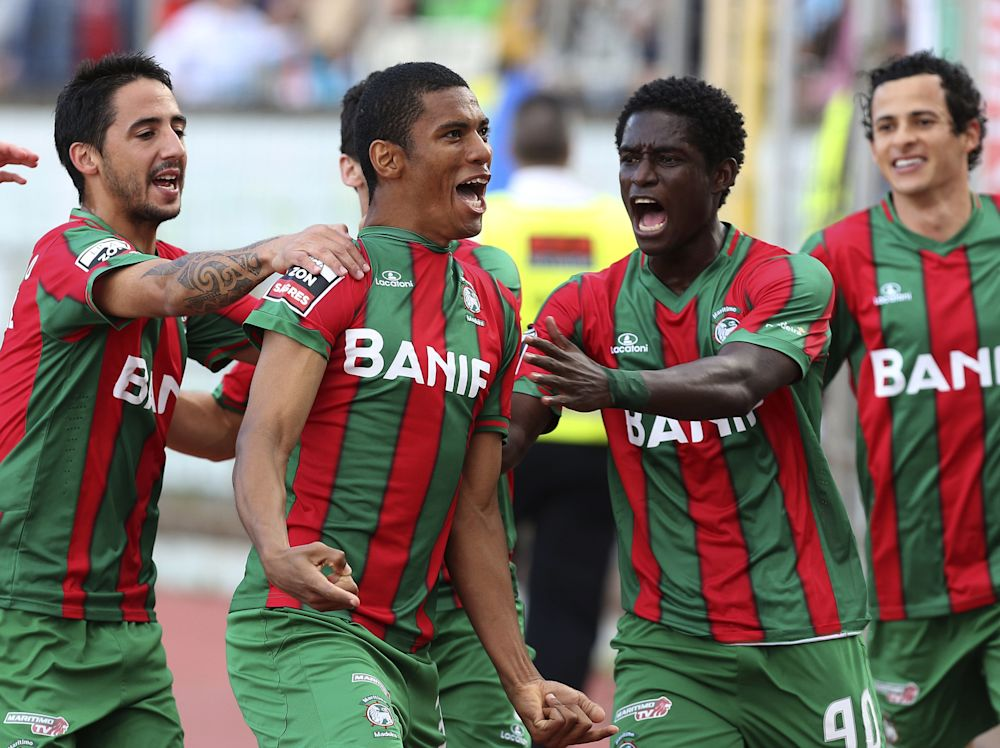 VIDEO: Zainadine Junior scores stunning volley for Maritimo