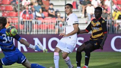 Foot - Amical - Petite victoire du Paris-SG contre Orléans en amical
