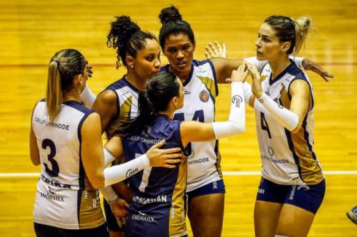 Hinode Barueri e BRH-Sulflex/Clube Curitibano fazem final da Superliga B
