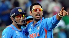 Rahul Dravid asks selectors to determine roadmap for Yuvraj Singh, MS Dhoni