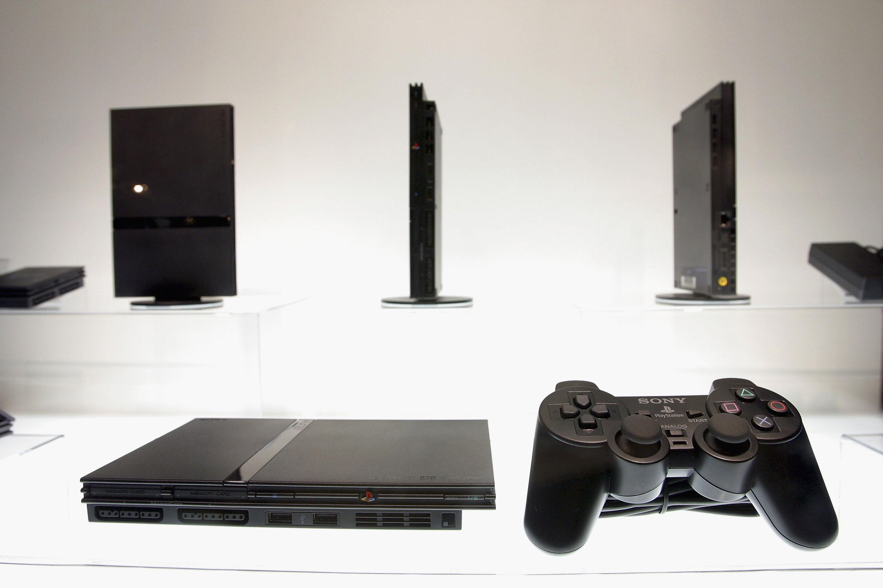 PlayStation 2 can play homebrew games by using DVD player exploits | Engadget