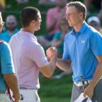Spieth returns to form and grabs Connecticut lead