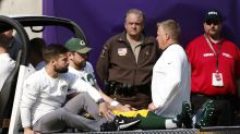 Aaron Rodgers has broken collarbone, Packers say he could miss rest of season