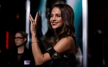 Tomb Raider Reboot Tests Oscar Winner Vikander S Star Power