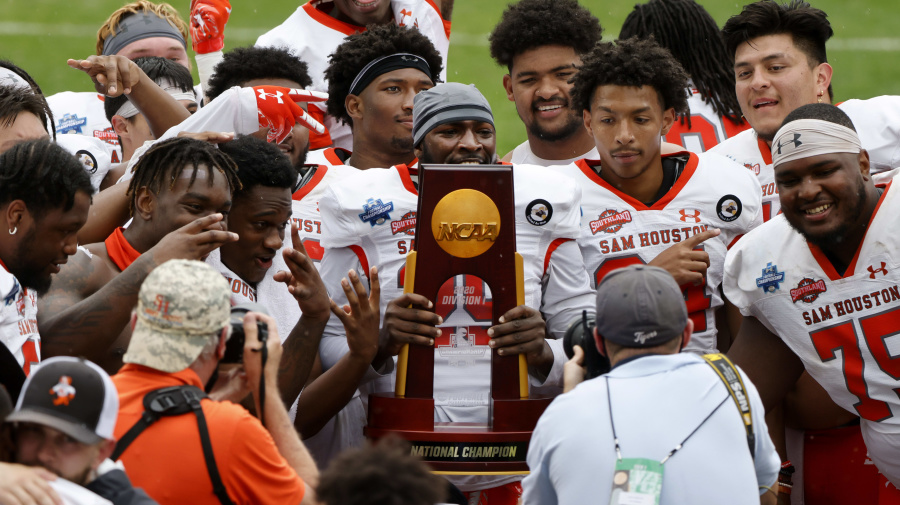 Sam Houston St. wins FCS title in dramatic finish