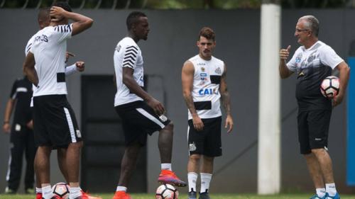 Cleber e Cittadini treinam e ficam perto de retornar ao Santos